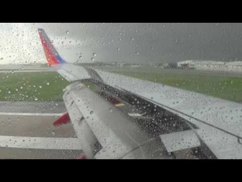 HD | Southwest Airlines 737-700 Descent & Landing at Dallas Love Field
