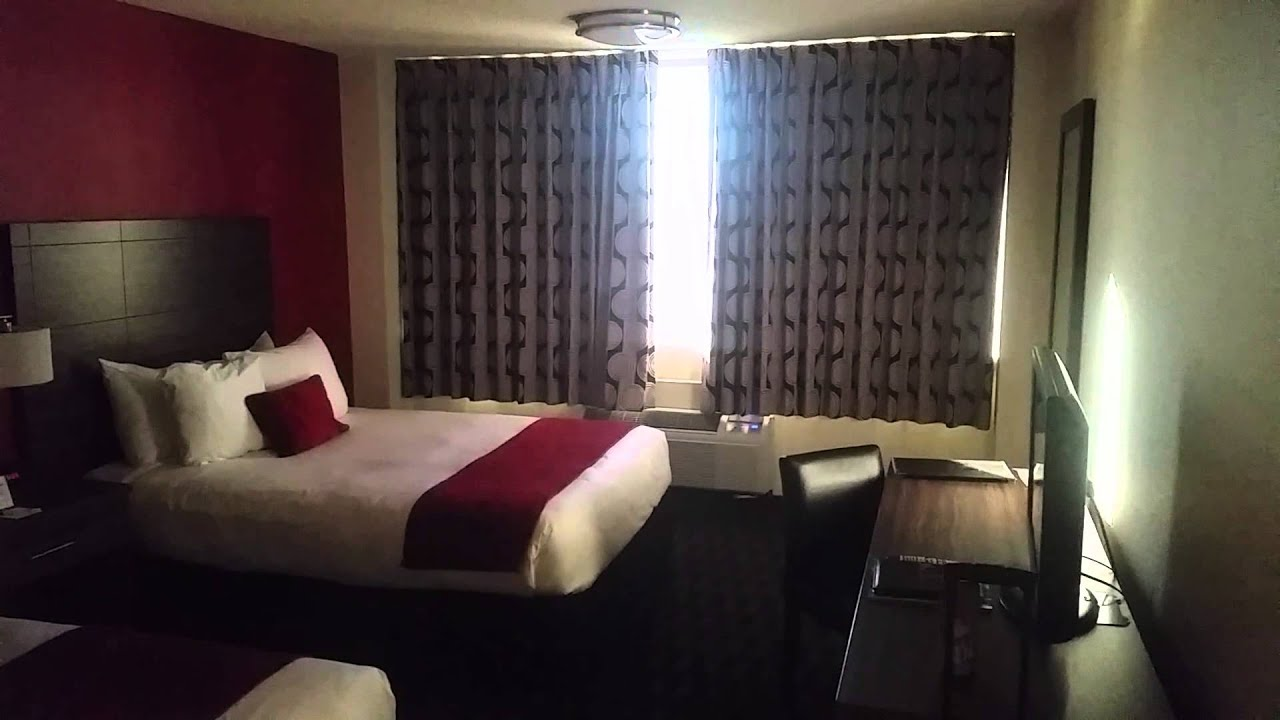 the d hotel room fremont st las vegas sep 2014 youtube. Black Bedroom Furniture Sets. Home Design Ideas