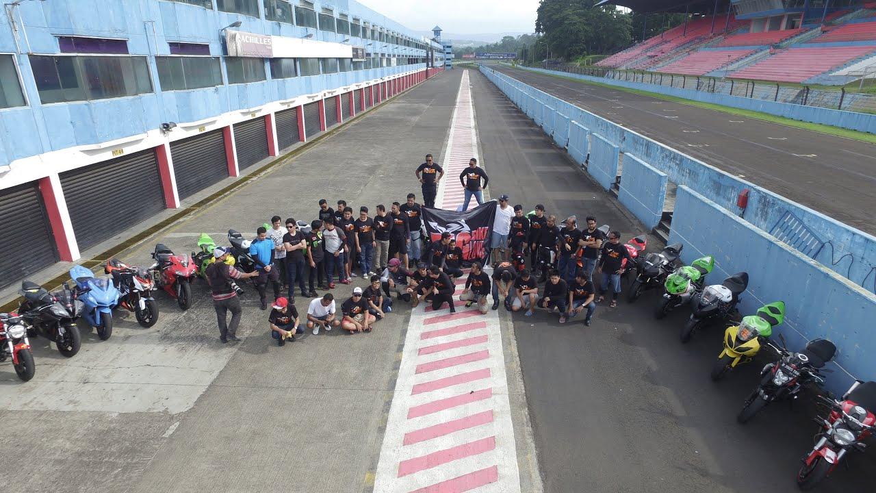 Circuit Sentul : Malaysian rookie helmi azman triumphs at sentul in race u asia