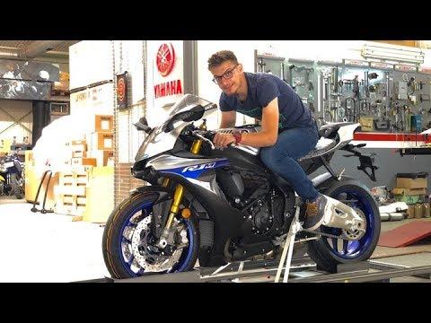 2018 Yamaha R1M - Unboxing și Prima Cheie