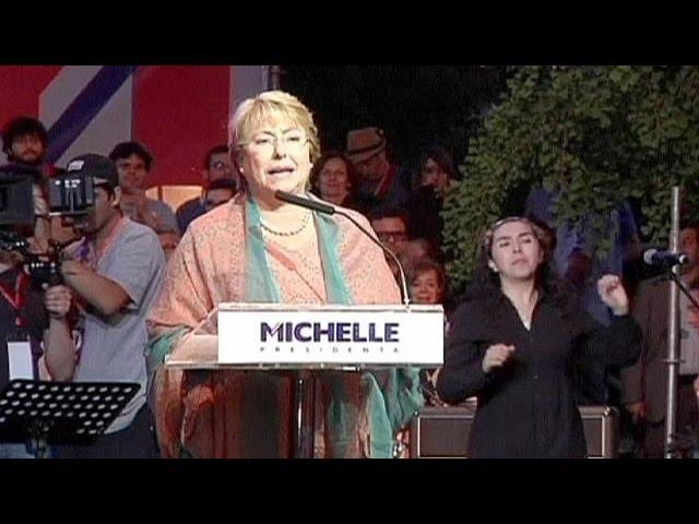 Чили снова выбирает между Пиночетом и Альенде