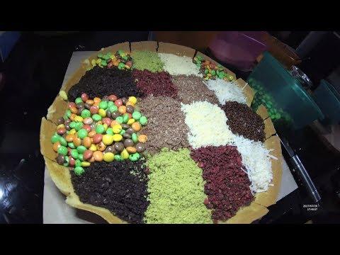 Indonesia Makassar Street Food 2370 Part.1 Sixtenth Flavours Sweet Martabak By Markodaeng YDXJ0489