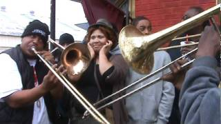 """Stop Talking that Trash"": TBC Brass Band & Stooges' trombonist Garfield at CTC Steppers 2012 parade"