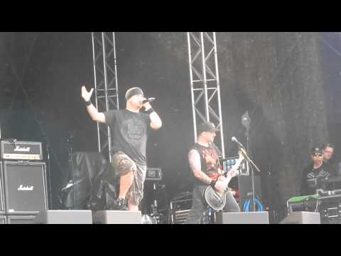 "Hatebreed - Dead Man Breathing ""Getaway Rock"""
