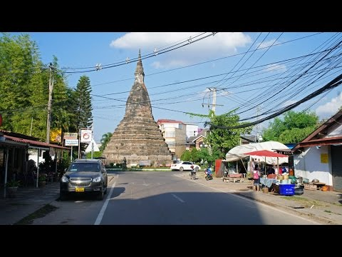 Walking in Vientiane (Laos)