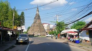 Walking in Vientiane (Laos)