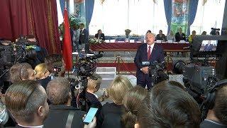 Лукашенко: у меня на столе лежат списки депутатов, которых изберут? Это смех thumbnail