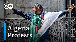 vuclip Protests against Algeria's President Bouteflika grow stronger   DW News
