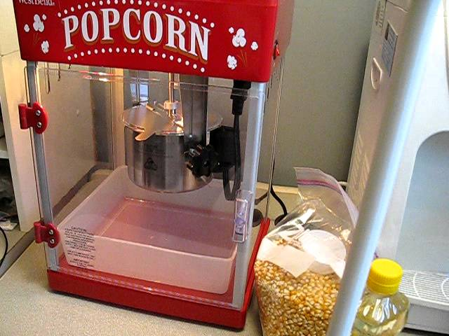 Best Christmas Gift Ever My New Westbend Popcorn Making Machine