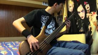 Knockout Pills - Do The Skin Crawl Bass Cover By Marga