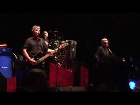 The Stranglers-No More Heroes live in Manchester