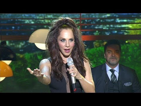 Sertab Erener - Yalnızlık Senfonisi (Beyaz Show canlı performans)