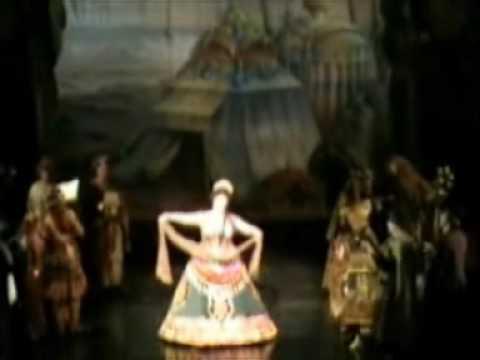 Phantom Musicals Part 2 - Andrew Lloyd Webber stage version review