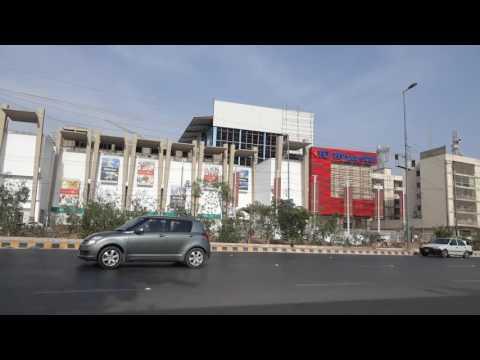 Lucky Hyper Star - Largest Mall of Karachi
