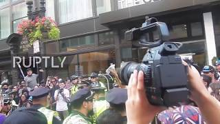 USA: Violence in Boston after huge counter-protest descends on