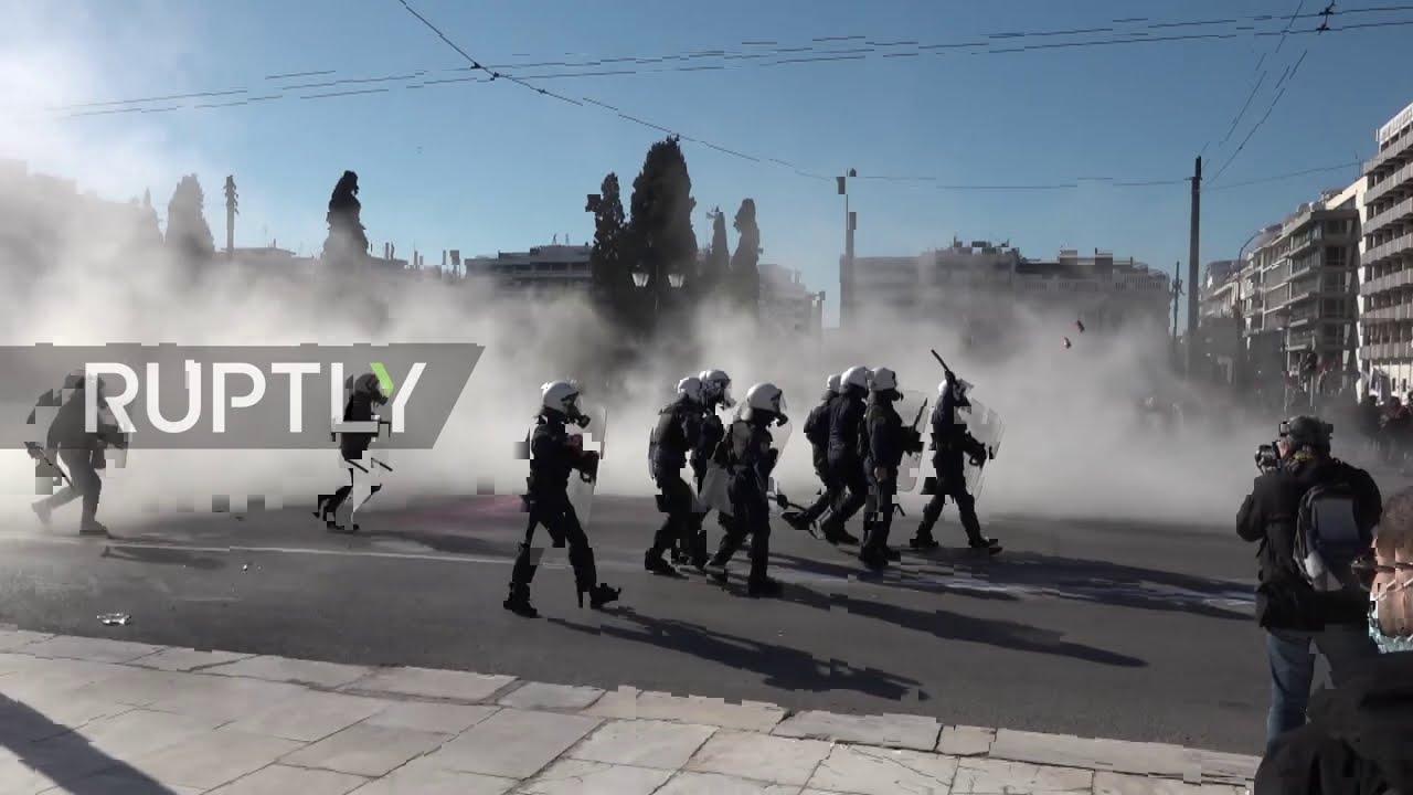 Протесты в Афинах против нового закона об образовании