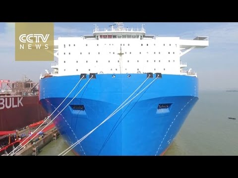 China's largest semi-submersible ship unveiled in Guangzhou