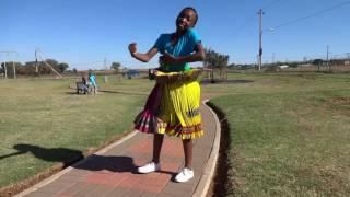 Gambar cover Swinyeletana(Thawuza) HD video