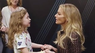 Faith Hill Brings Little Girl On Stage For Adorable Duet