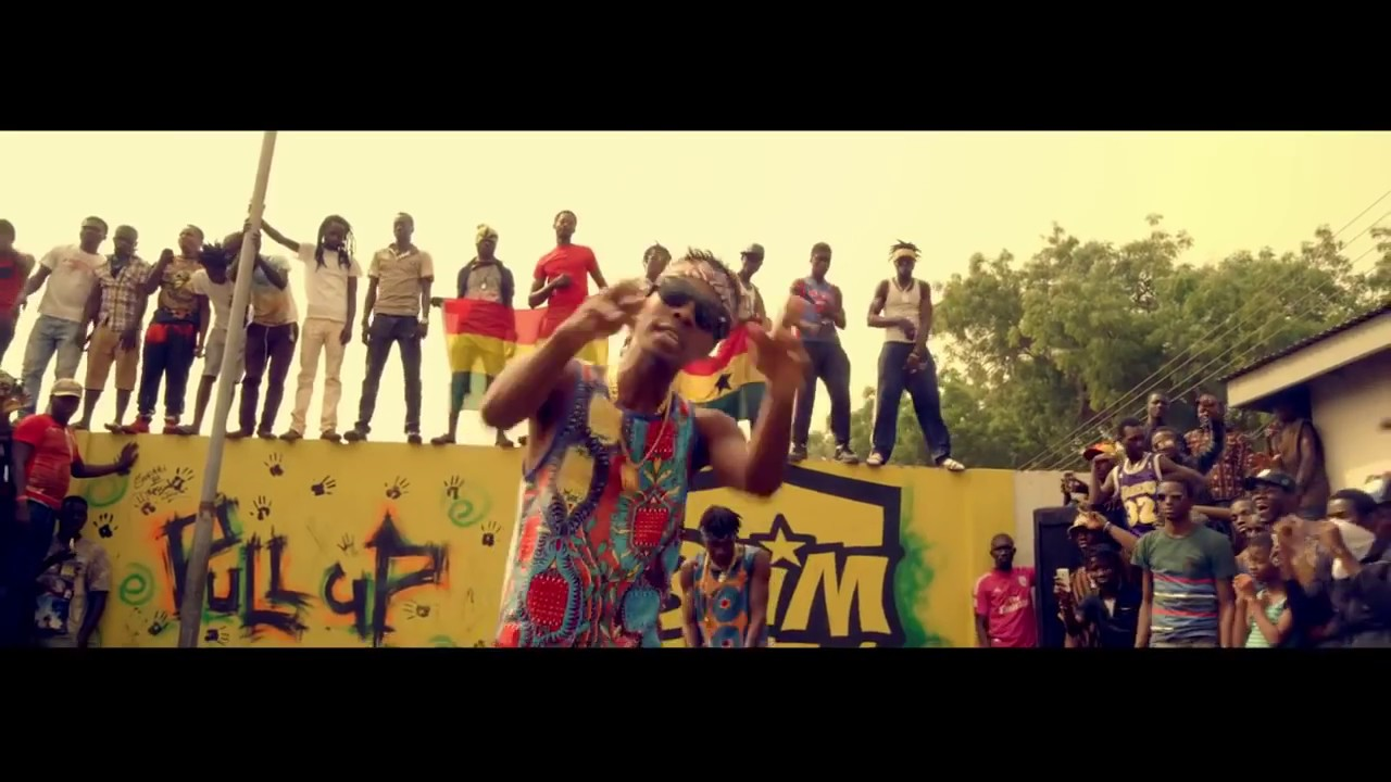 Download Stonebwoy - Pull Up [Remix] ft. Patoranking (Official video)