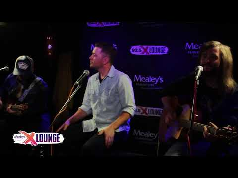 "Scotty McCreery Performs ""Feelin' It"""