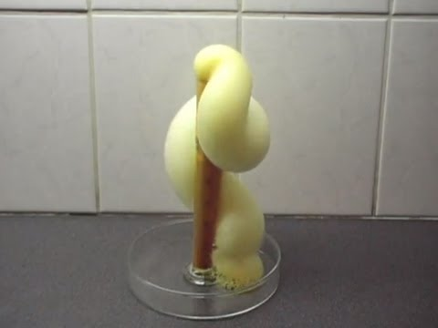 Chemistry experiment 10 - Elephant's toothpaste - YouTube