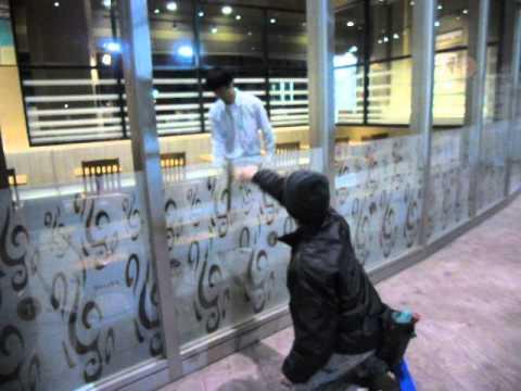 2014/12/12某ショッピングモールガラス清掃2