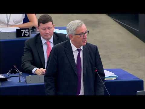 Jean-Claude Juncker Lambasts European Parliament Over Poor Attendance of MEPs