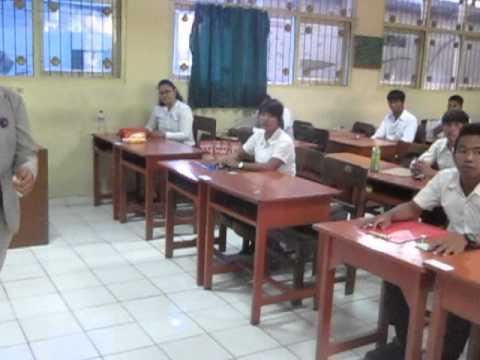 Ribuan Siswa Ikuti Ujian Paket B Doovi
