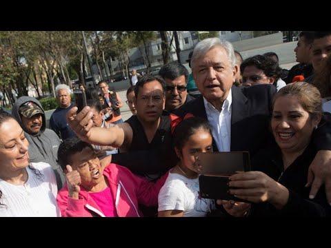 """""""EL PUEBLO PONE, Y EL PUEBLO QUITA""""  POR ESTO TAMBIEN EL PRESIDENTE DEBE DE OBEDECER."""