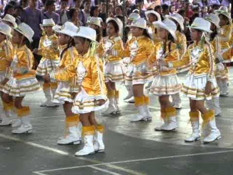 ashley's parade @ kolehiyo ng subic sport fest..