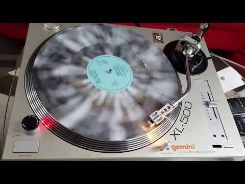 Gemini Turntable Xl 500 Ii Spielt Auf Der Alm Steht A