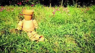 シュガーコイル「残された時間」【 Official Music Video】 作詞・作曲:シュガーコイル 残された時間が ふっと頭の片隅をかすめていった あと何年...