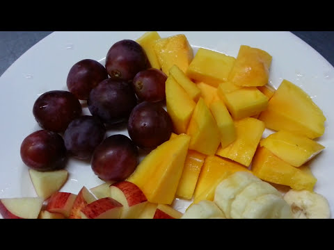 How To Make Mix Fruit Tropical Smoothie Healthy Smoothies Smoothie Recipe Mango Recipes With Yogurt