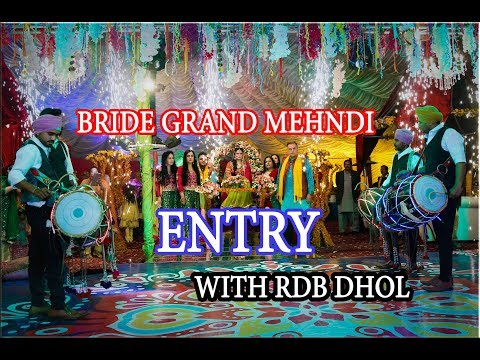 bride-grand-entry-on-special-cinderella-cart-||unique-wedding-entry-ideas||-couple-entry-ideas-2018