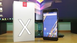 OnePlus X Initial Impressions! Box contents & Retail unit!