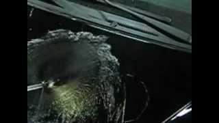 защитное покрытие кузова Ceramic PRO. мойка - Хундай.(Детейлинг центр R&M-CAR Москва Юг. 8/495/669-1562. Сайт http://www.rm-car.ru. На этом видео хорошо видно как работает Ceramic Pro..., 2012-03-27T19:30:46.000Z)