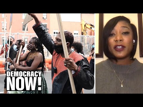 """Movements Are Not Just About Protests"": BLM Co-Founder Alicia Garza on How to Build & Wield Power"