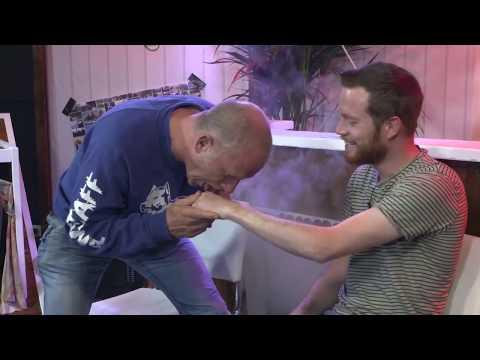 Maxim Hartman Squirttechniek bij Dumpertreeten (bam bam bam bam)