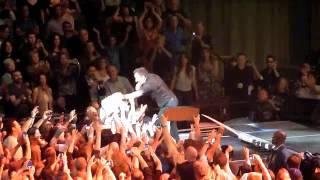 Bruce Springsteen - Waiting on a sunny day (Live Los Angeles April 27 2012)