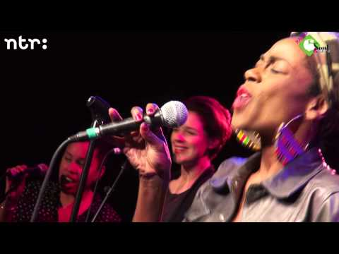 Amsterdam Klezmer Band XL, Giovanca en A Tom Collins - Mijke & Co Live - 19-2-2014