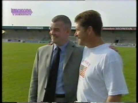 Stephen Vaughan arrives at Chester City (2001)