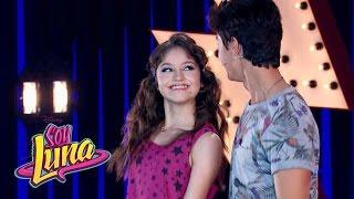 Luna y Simón cantan Prófugos | Momento Musical | Soy Luna