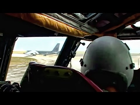 B-52 Training Mission • Cockpit View & Pilot Comms