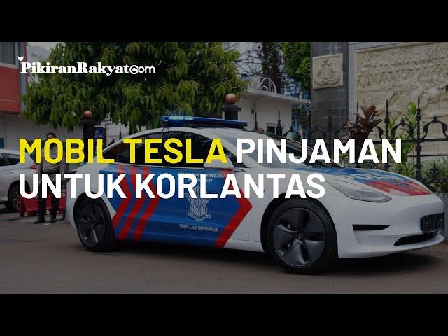 Dilapisi Stiker Khas, Mobil Polisi Tesla Model 3 yang Diterima Korlantas Polri Berstatus Pinjaman