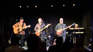 DENNY LAINE and the Cryers - Boulevard de la Madeleine by the MOODY BLUES Live Sept 2015 Focal Point