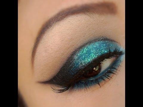 Tutorial De Maquillaje: Ojos Azul Brillantes - JuanCarlos960