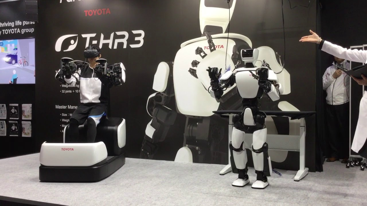 Toyota's Remote-Control Humanoid Robot Is Uncanny