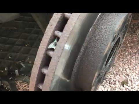 Замена колодок с дисками на Toyota Avensis