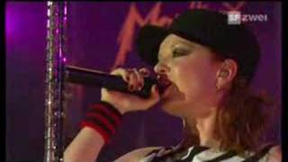"Garbage ""Cherry Lips"" Montreux 2005"